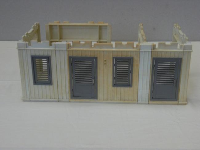 Playmobil h pital vintage portes et volets gris for Facade blanche volet gris