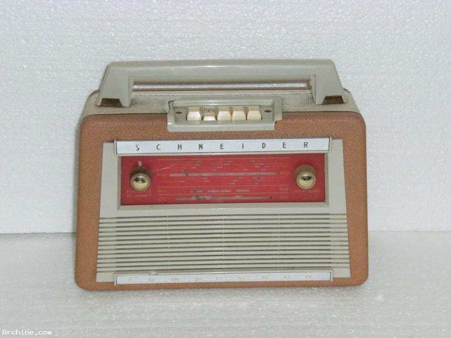 poste radio transistor portable schneider compagnon 1961. Black Bedroom Furniture Sets. Home Design Ideas